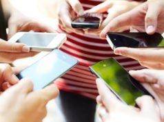 Anneye veya Babaya Telefon Aldırma Taktikleri – Tüyoları